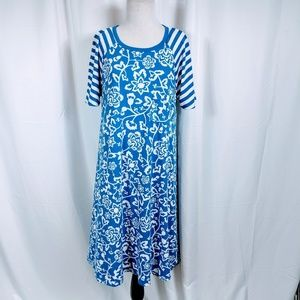 Lularoe Blue Floral Print Carly shift dress